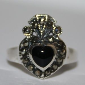 .925 onyx and marcasite claddagh ring NWT